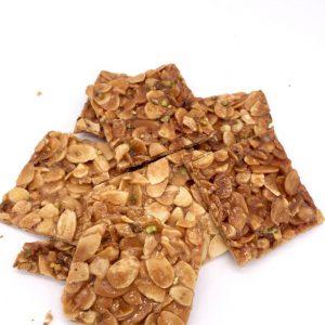 Croccante di mandorle e granella di pistacchio